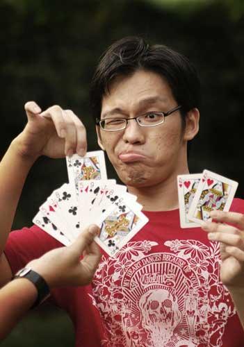 hayo-tebak-kartu
